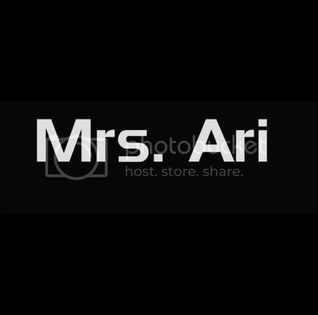Entourage Mrs Ari T-shirt